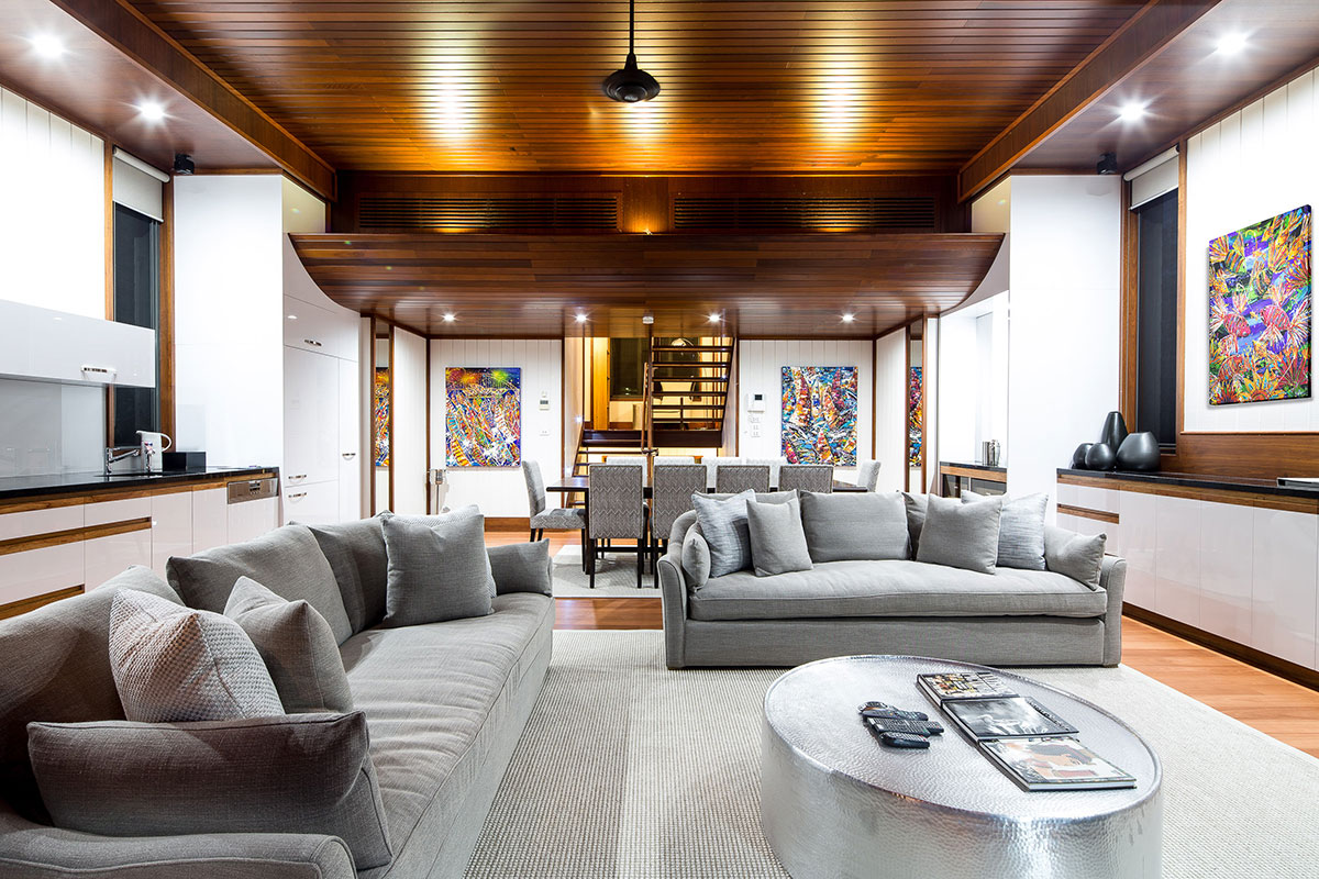 hamilton Island luxury beach villa home