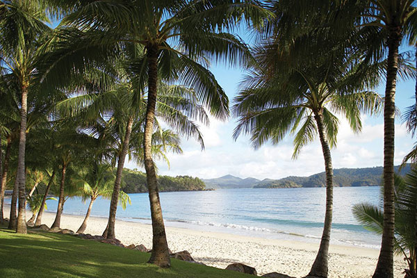 hamilton island beach villa luxury getaway hire